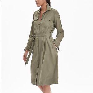 Banana Republic Olive Green shirt dress XS pockets